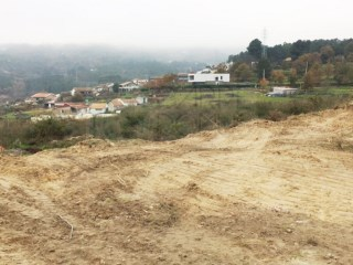 Land with 6,000 m2 in Mondrões, Vila Real  |