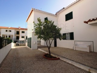 4 Bedroom townhouse for sale in Manta Rota (East Algarve) – Opportunity!