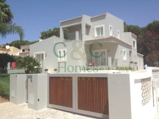4 Bedroom Family Villa close to the beach in Vale do Lobo | 4 Bedrooms
