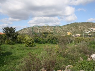 Building plot between Loulé and Quarteira |
