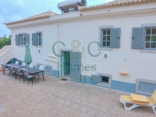 Modern 3 bedroom Country Villa on extensive plot with lovely Views | 5 Pièces