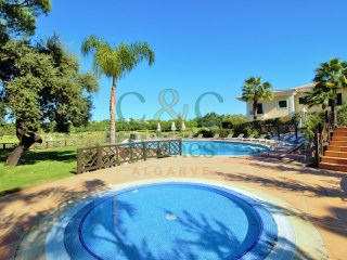 Lovely 3 bedroom linked-villa with golf course views | 3 Bedrooms | 3WC