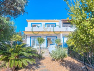Semi-detached Villa with four bedrooms and Sea Views in Santa Bárbara de Nexe | 4 Bedrooms | 2WC