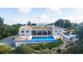 Beautiful 4 bed Quinta style villa with mountain views | 4 Bedrooms | 1WC