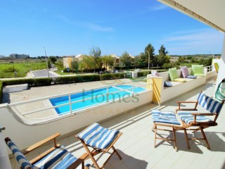Spacious 4 Bedroom Apartment with views in Vilamoura  | 4 Bedrooms | 2WC