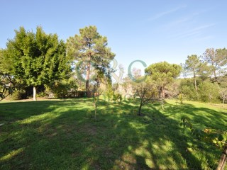 Elevated private building plot in Quinta do Lago |