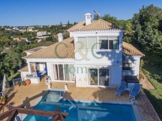 Lovely Three Bedroom Property with Guest Villa and Sea Views in Almancil | 5 Sovrum | 1WC