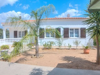 Three Bedroom House with Country Views near Loulé | 3 Sovrum | 1WC
