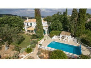 Traditional Quinta Style Villa with Country Views near Almancil | 5 Bedrooms | 1WC