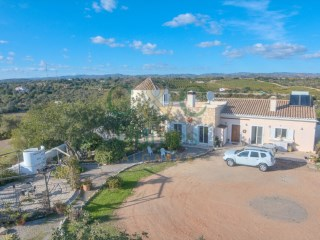 Exceptional 5 Bedroom Property with amazing Views near Tavira | 4 Bedrooms + 1 Interior Bedroom | 2WC