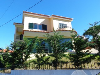Detached House › Sintra | 4 Bedrooms | 1WC