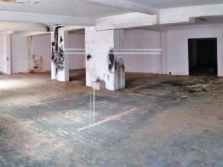 397m2 garage, property of Bank with special financing conditions. |
