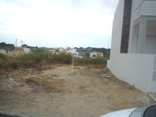Terrain de 220 m2, Quinta do swap-juge |