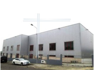 Warehouse with 937m2, property of Bank-Aldeia de Paio pires |