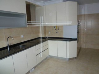 3 bedroom apartment, new, modern architecture, composed with fully equipped kitchen, garage. | 3 Bedrooms
