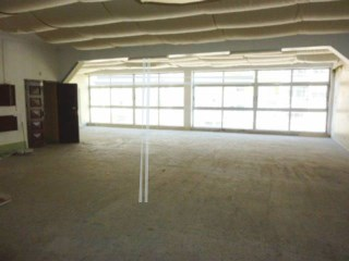 Shop with 264 m2-Cacilhas |