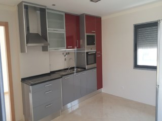 Studio apartment with parking, new-Seixal |  | 1WC