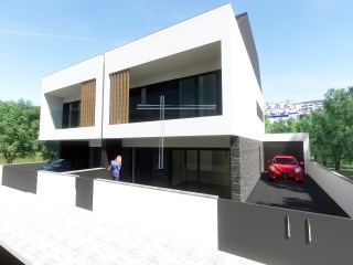 Semi-Detached House › Seixal | 3 Bedrooms + 2 Interior Bedrooms | 3WC
