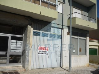 Warehouse › Loures |