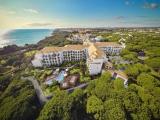 Pine Cliffs Resort › Albufeira