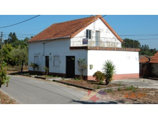 House › Pombal | 2 Bedrooms | 1WC