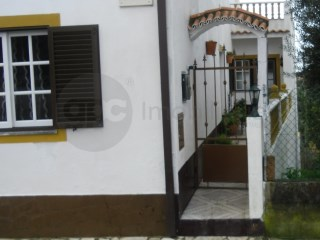 House › Abrantes | 4 Bedrooms | 2WC
