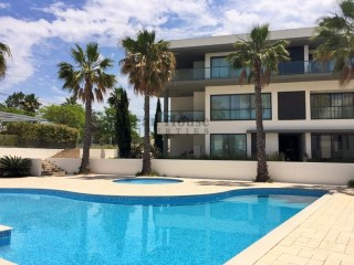 Fabulous new 2 bedroom apartment in luxury surroundings with pool in Quarteira, Algarve. | 2 Bedrooms | 2WC