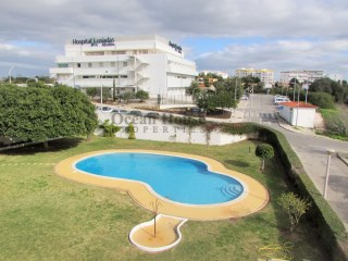 2 bedroom apartment in gated community with pool and garage in Albufeira, Algarve.
