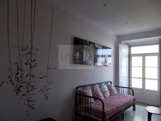 Charming apartment for sale in Lisbon | Santa Catarina | 2 Bedrooms | 3WC