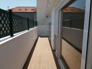 Apartment for rent in the centre of Lisbon | Marquês de Pombal | 2 Bedrooms | 2WC