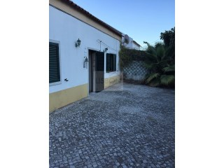 House for sale in Palmela | Portugal | 3 Bedrooms | 2WC