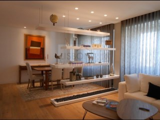 Apartment for sale with lift in the centre of Lisbon | 3 Bedrooms | 3WC