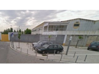 Property for sale with project for a private condominium 37 Km from Lisbon | Alhos Vedros |