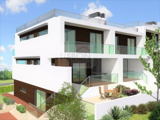 House for sale in Sobreda da Caparica | Portugal | 3 Bedrooms | 3WC
