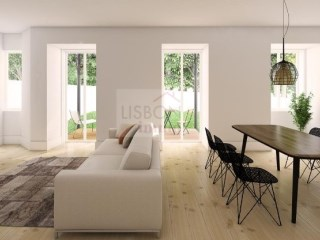 Charming apartment for sale in the centre of Lisbon | 2 Bedrooms | 2WC