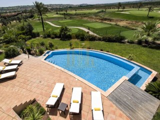 LUXURY VILLA with 4 BEDROOMS on the GOLF COURSE in SILVES, ALGARVE. | 4 Bedrooms | 3WC