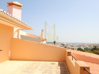 FANTASTIC VILLA WITH VIEW ON THE BEACH of Meia Praia and Porto de Mós in LAGOS | 4 Bedrooms