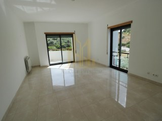 Quality 2 bed, 2 bath apartment in a central location with roof terrace | 2 Bedrooms | 2WC