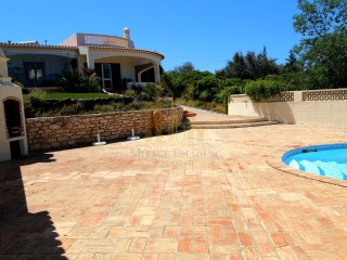 Lovely 3 Bedroom Country villa with pool and tennis | 3 Bedrooms | 4WC