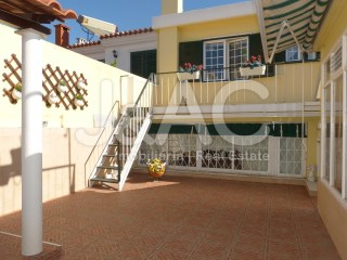 House › Sintra | 4 Bedrooms | 2WC