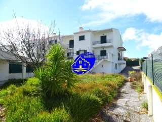 Semi-Detached House › Sesimbra | 3 Bedrooms + 1 Interior Bedroom | 3WC