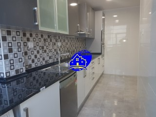 2 bedroom apartment completely renovated, situated in corroios.