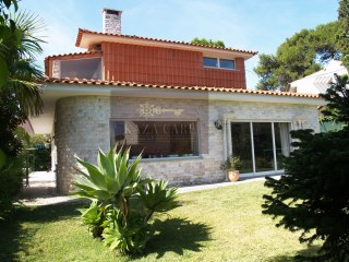 VIlla in Cascais | 4 Bedrooms | 4WC