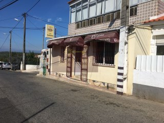 Restaurant with rental contract for sale |