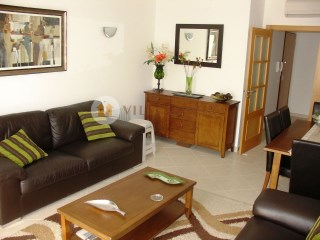 Large 3 bedroom apartment with terrace, parking space Tavira / Algarve | 3 Bedrooms | 2WC