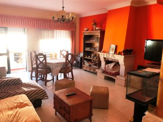 Large 2 bedroom apartment located in the center of Tavira in the Porta Nova area | 2 Bedrooms | 1WC