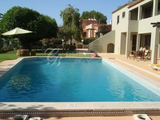 Traditional Villa located in Vilamoura | 4 Pièces | 3WC