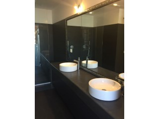 bathroom%29/39