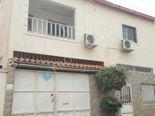 House › Belas | 3 Bedrooms | 4WC