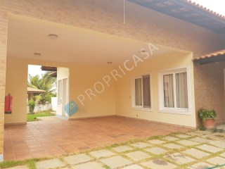 House › Talatona | 4 Bedrooms | 1WC